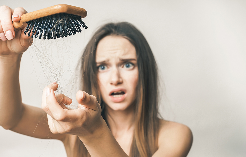 9d2cc0a98 Estes são os 5 principais motivos para seu cabelo estar caindo