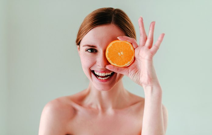 Para que servem produtos de beleza com vitamina C?