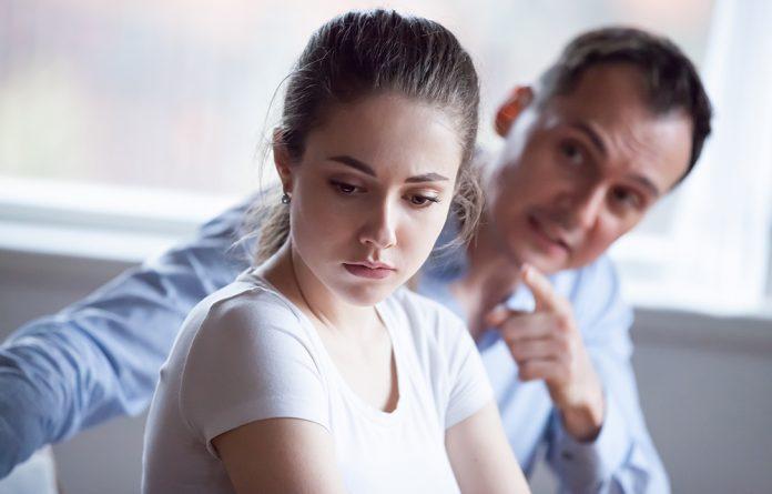 Sinais de relacionamento abusivo
