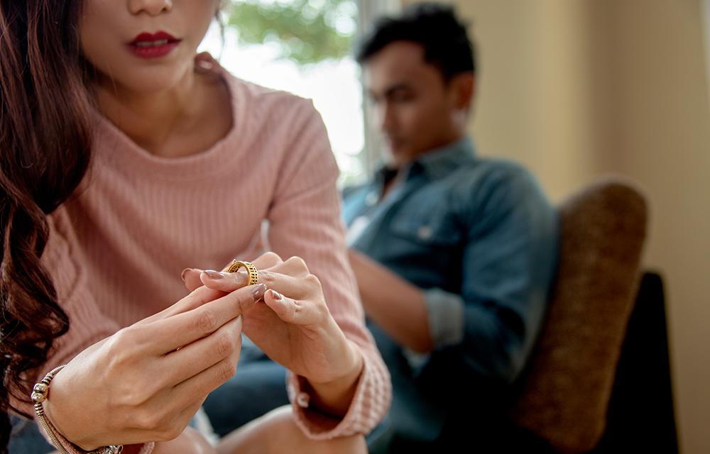 18 sinais de que você está em um casamento infeliz