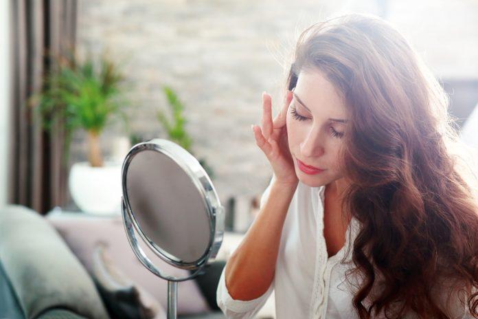 como melhorar a pele acneica
